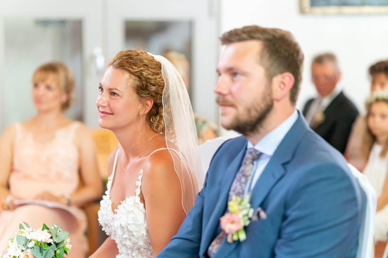 Brautpaar während ihrer Trauung