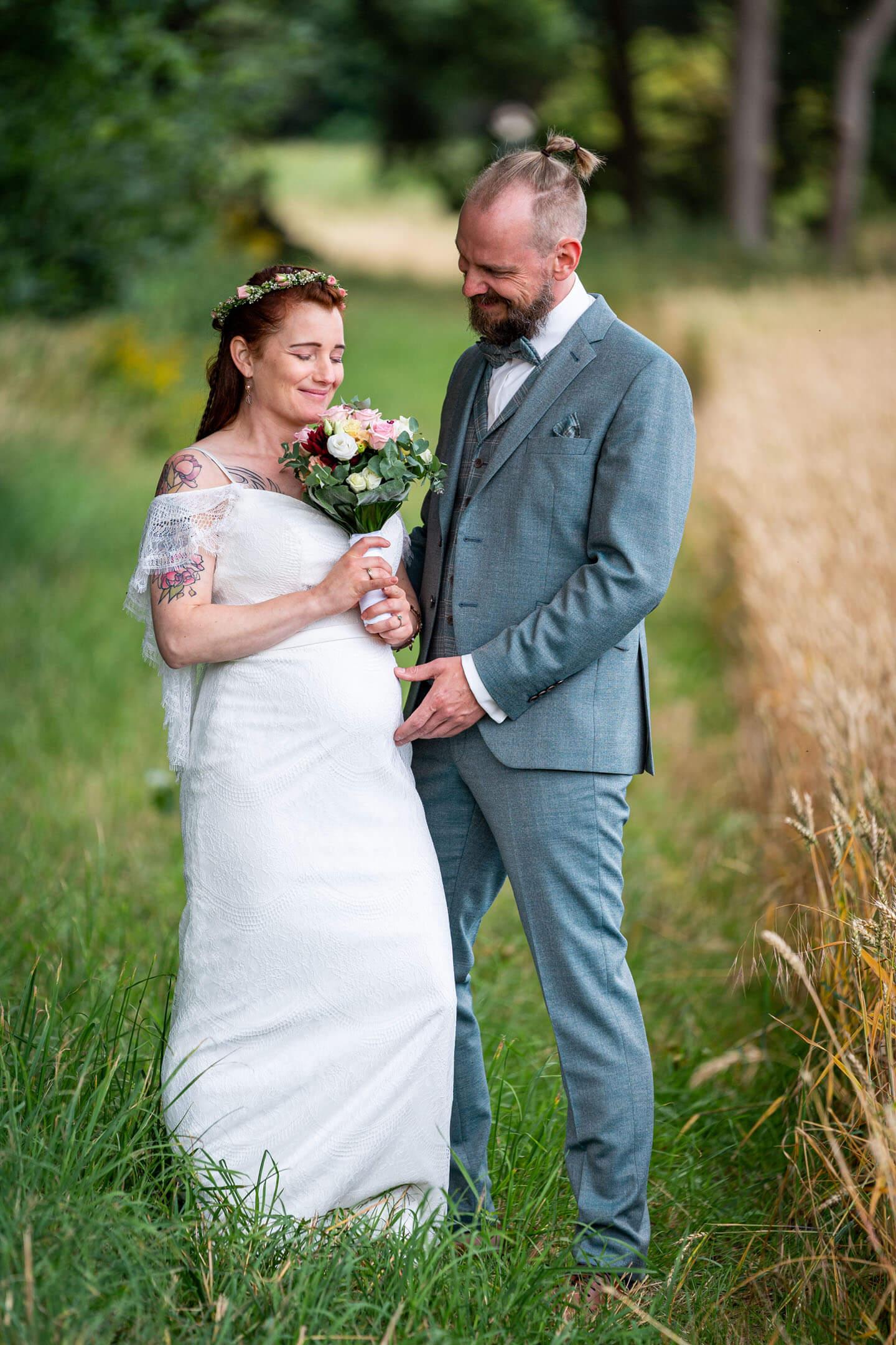 Natürliche Hochzeitsfotos entstehen in der Natur!